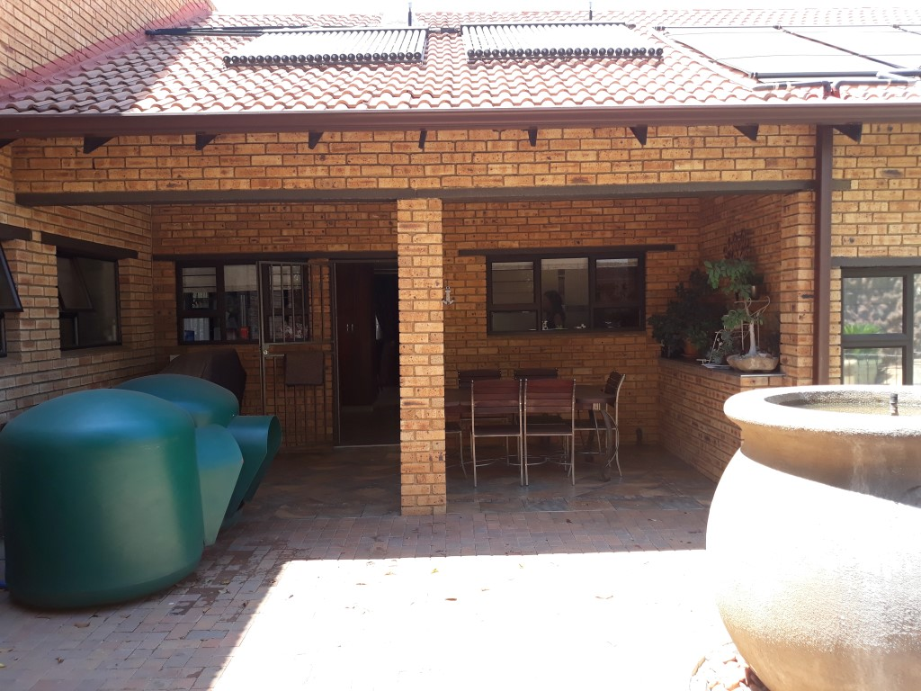 4 Bedroom House for sale in South Crest ENT0074591 : photo#20