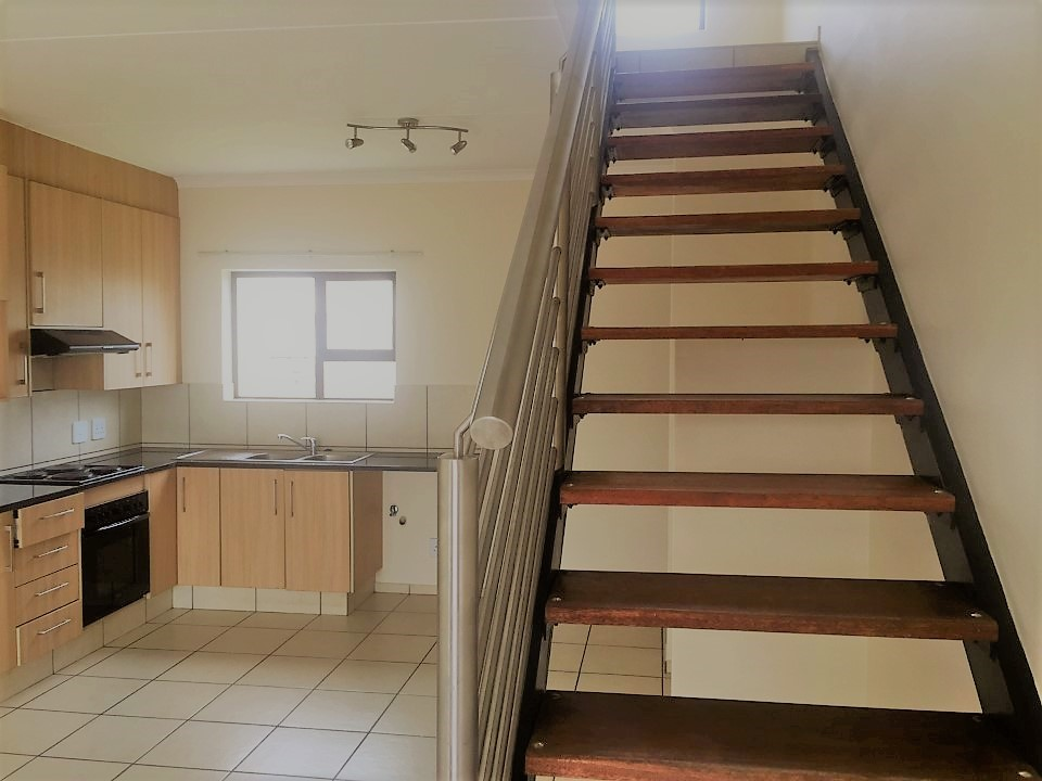 3 Bedroom Townhouse for sale in Sunninghill ENT0032458 : photo#4