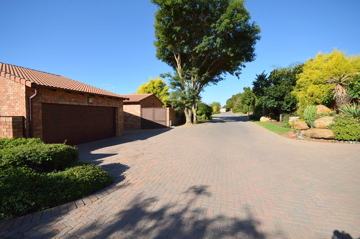 3 Bedroom Townhouse for sale in North Riding ENT0029080 : photo#17