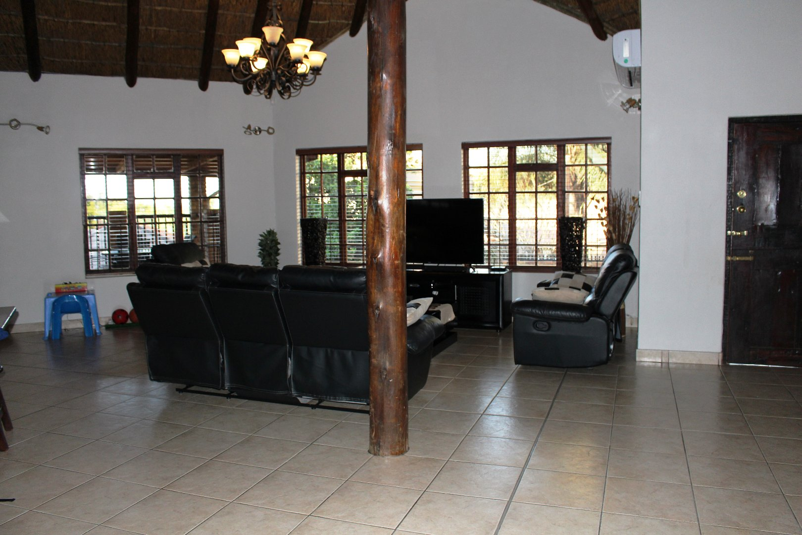 4 Bedroom House for sale in Montana Park ENT0058051 : photo#17