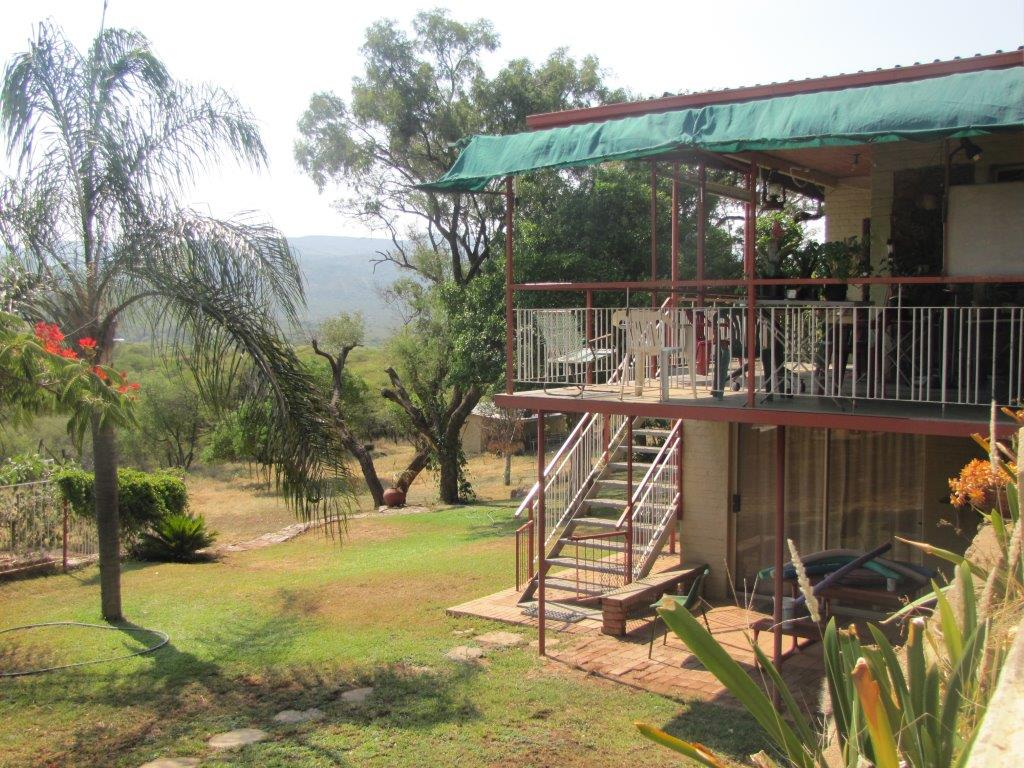EXCLUSIVE 6,44HA SMALL HOLDING FOR SALE PLANKNEK 5km outside the centre of Mokopane