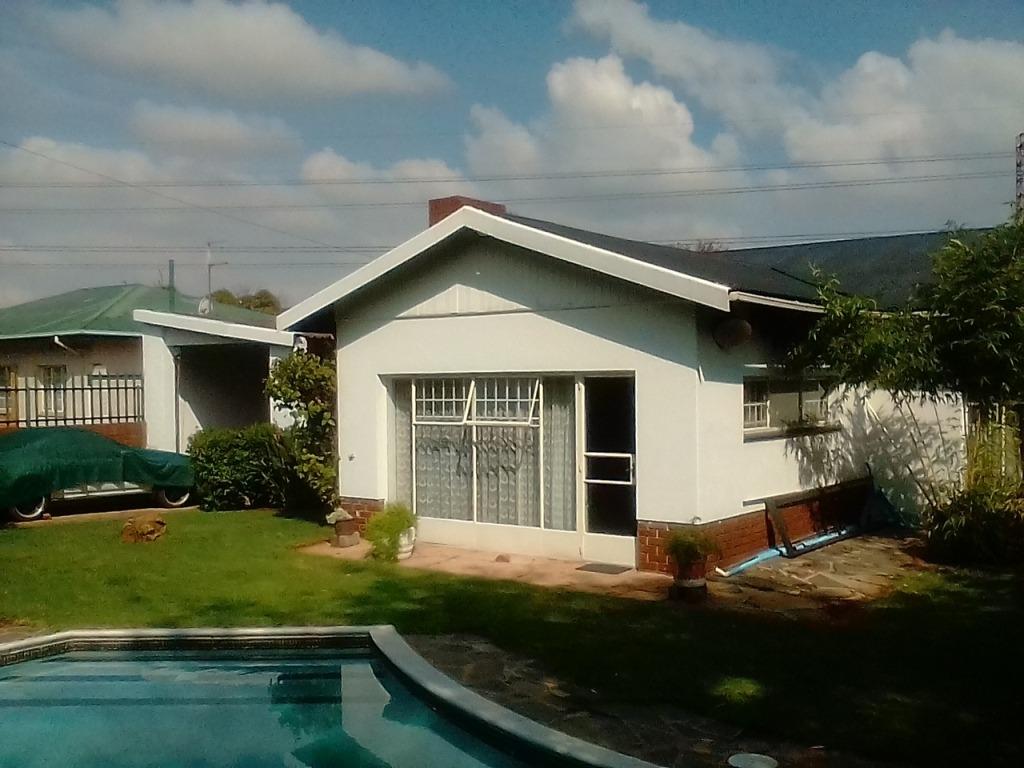 Modern family home for sale Wychwood