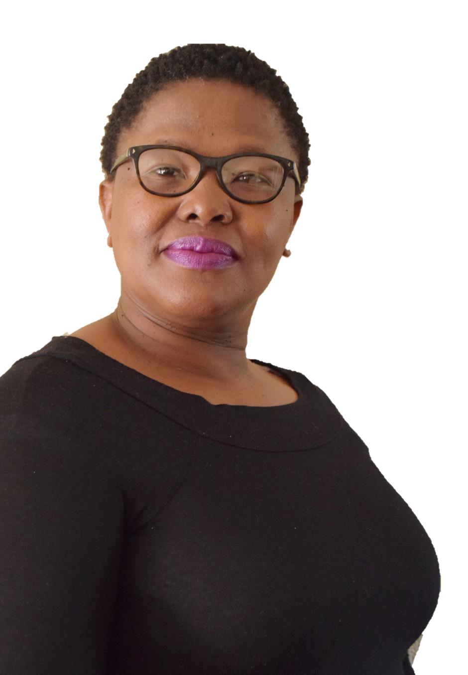 Real Estate Agent - Thobekile Msezane