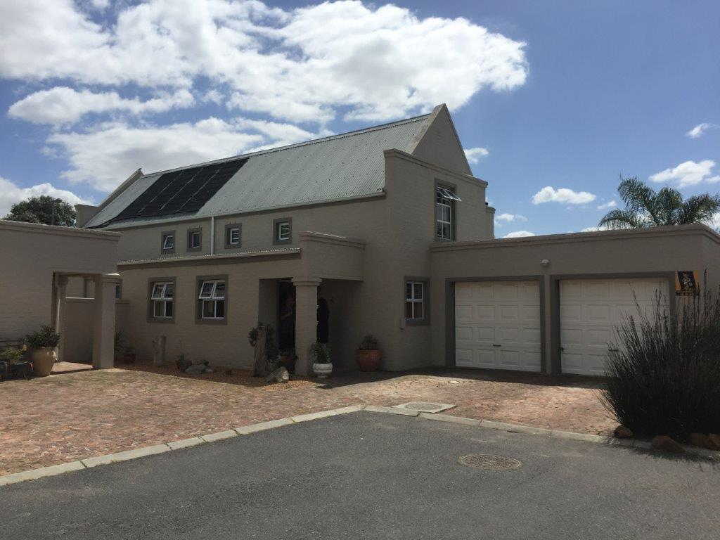 4 BedroomHouse For Sale In Sonstraal