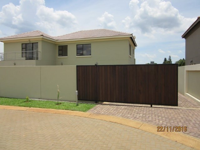 4 Bedroom House for sale in Montana Park & Ext ENT0056798 : photo#26