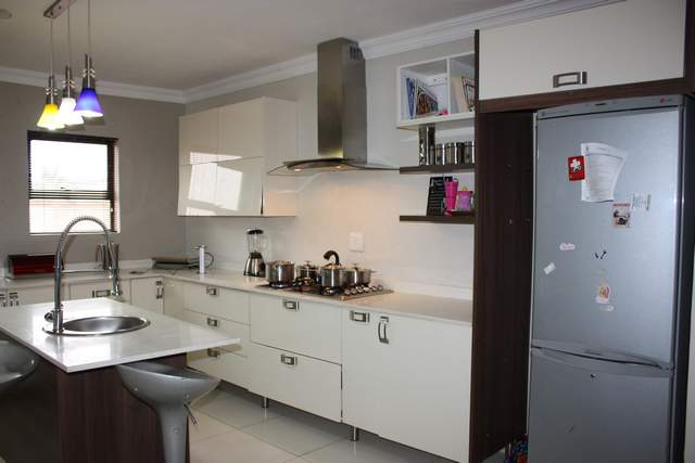 4 Bed Dbl Storey Family Home in popular The Meadows Estate