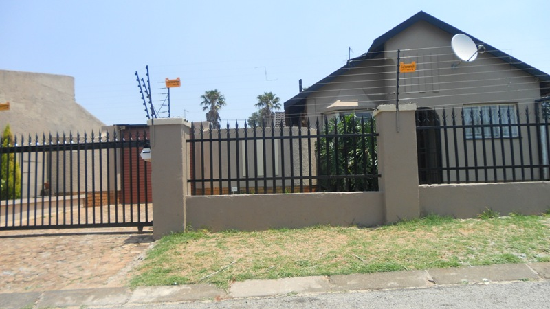 2 BedroomApartment To Rent In Marlands