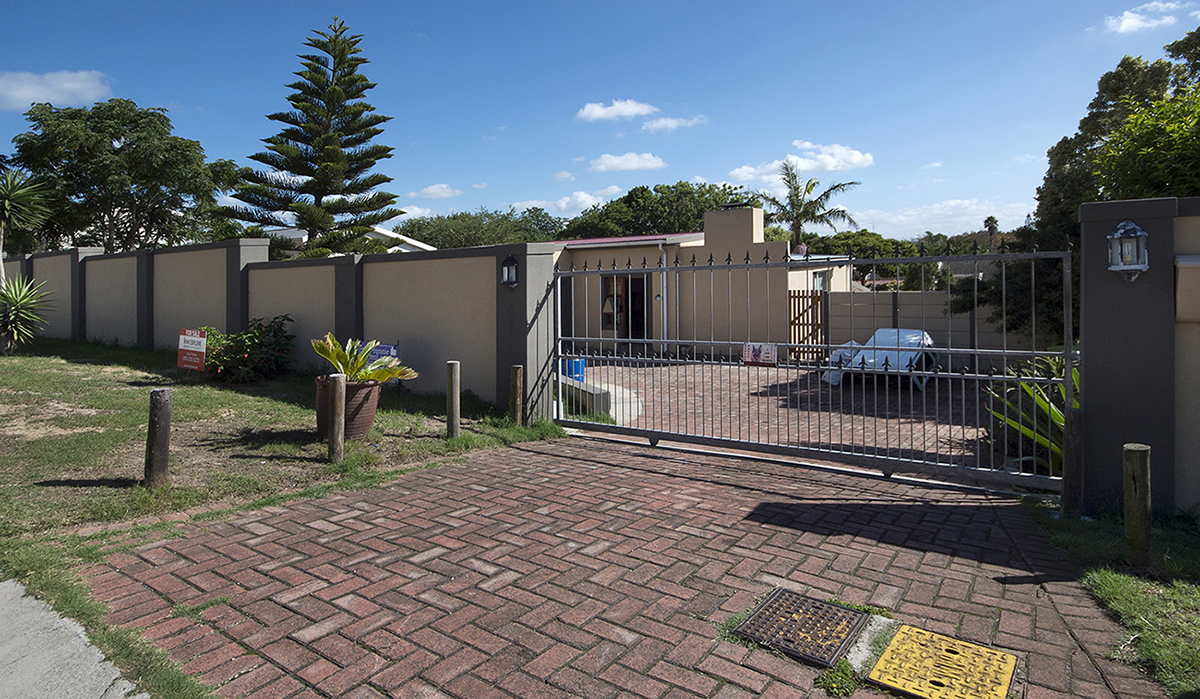 IMMACULATE FOUR BEDROOM HOME IN PROVIDENTIA