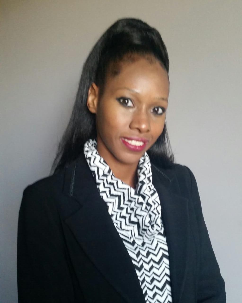Real Estate Agent - Sandra Williams