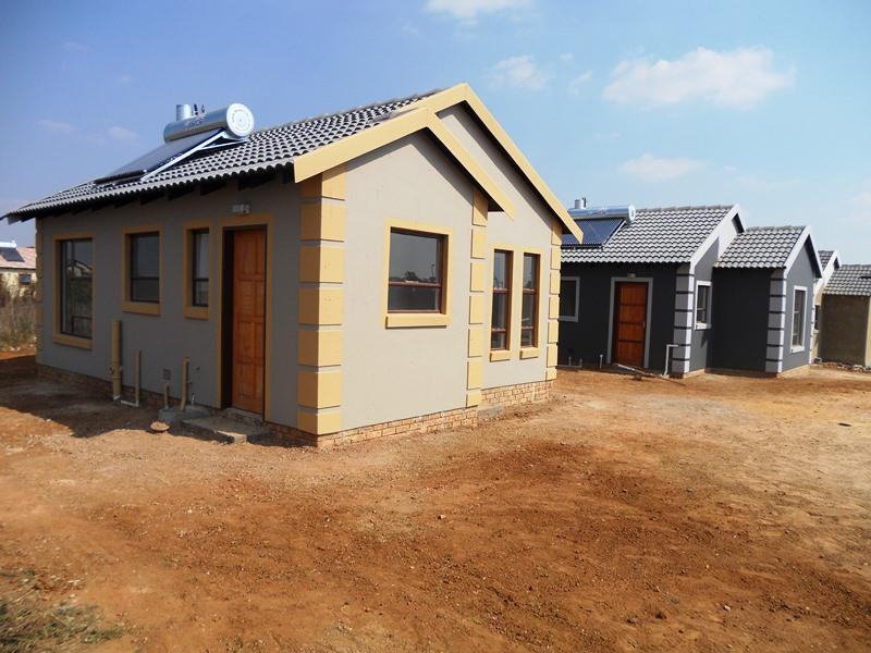 New Modderbee homes - Stands available in Ext 2