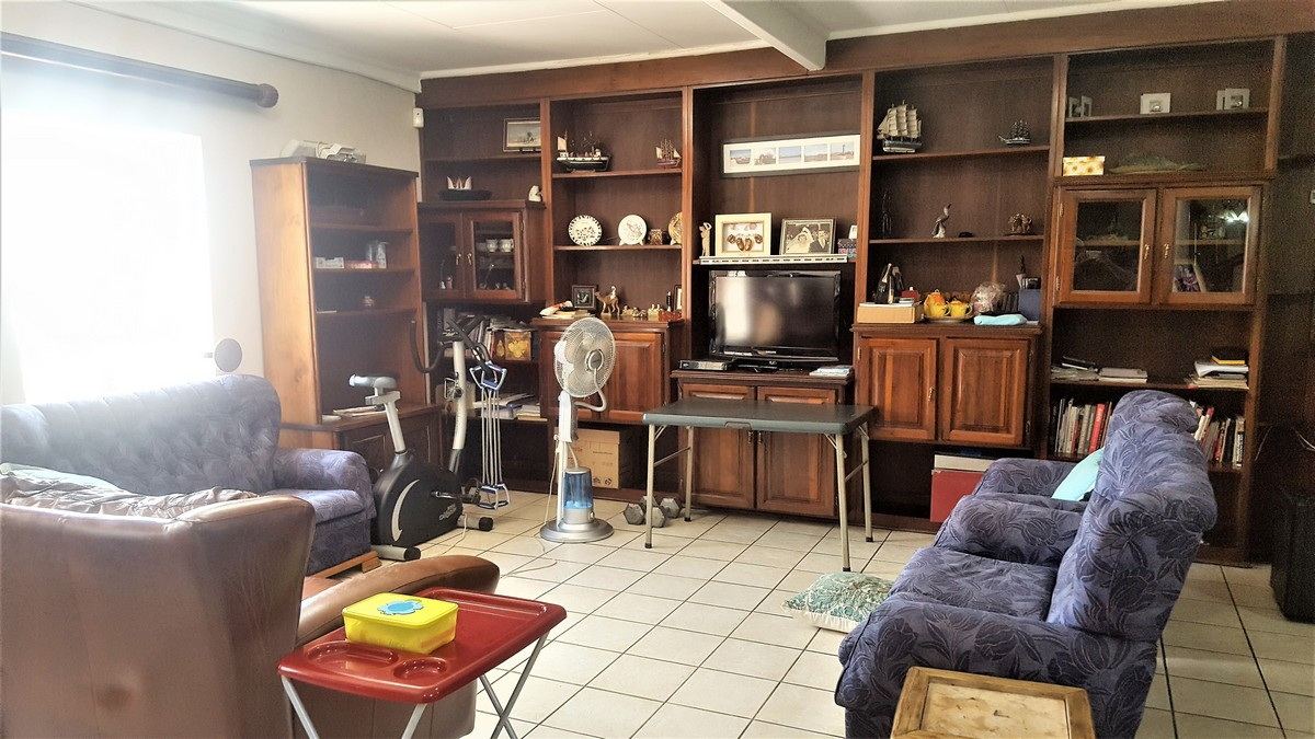 4 Bedroom House for sale in Verwoerdpark ENT0079262 : photo#3