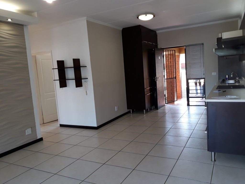 2 Bedroom Townhouse for sale in Glenvista ENT0072717 : photo#1