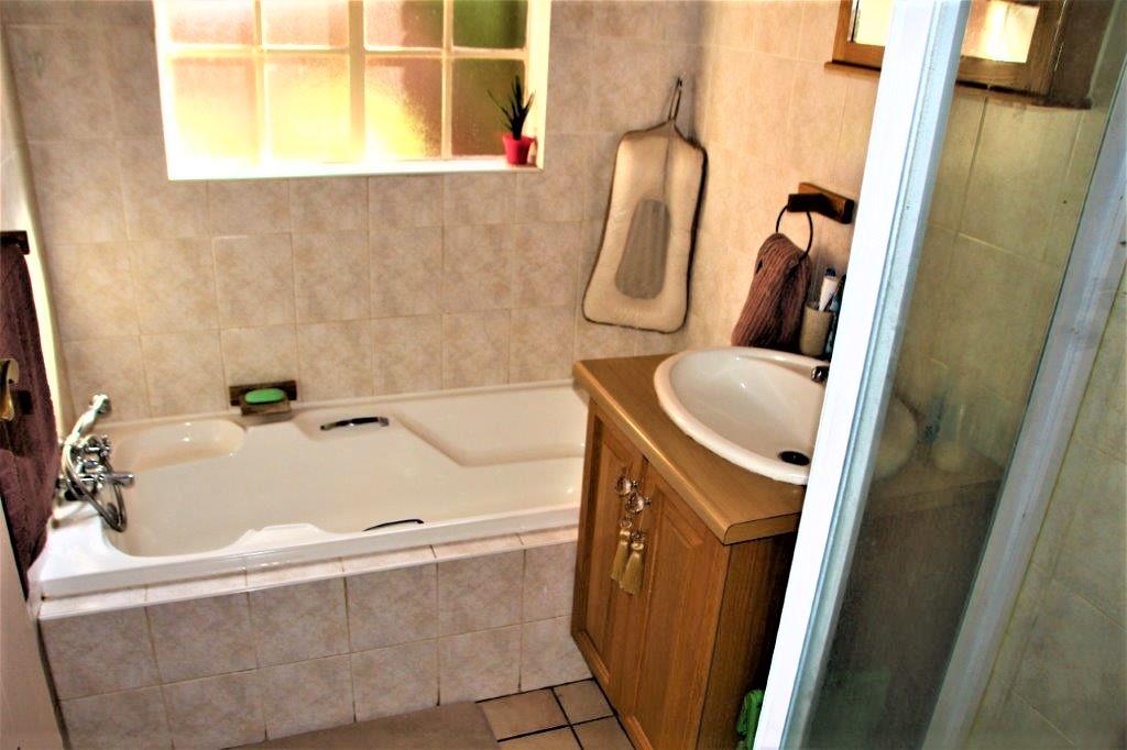 3 Bedroom Townhouse for sale in Eldoraigne ENT0032709 : photo#15