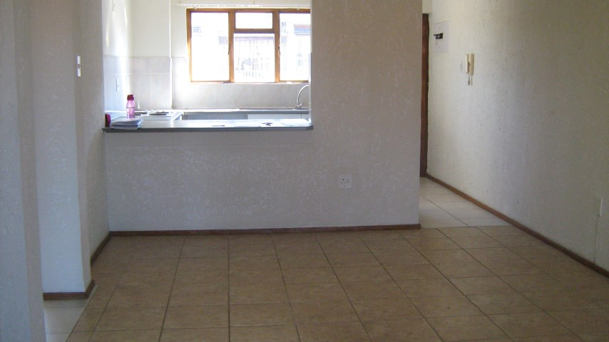 2 Bedroom Townhouse for sale in Mulbarton ENT0032666 : photo#2
