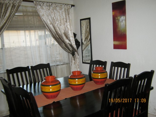 4 Bedroom House for sale in Kensington ENT0031086 : photo#4