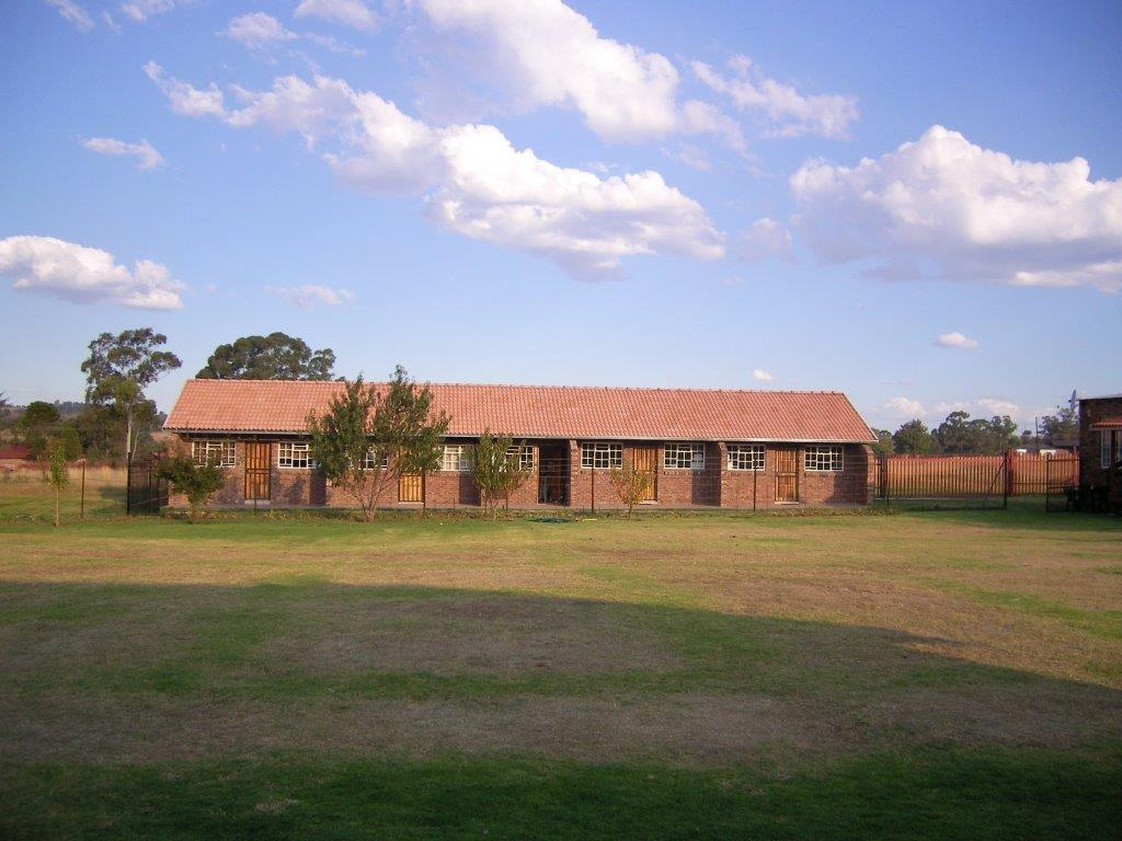 9 BedroomSmall Holding For Sale In Ermelo