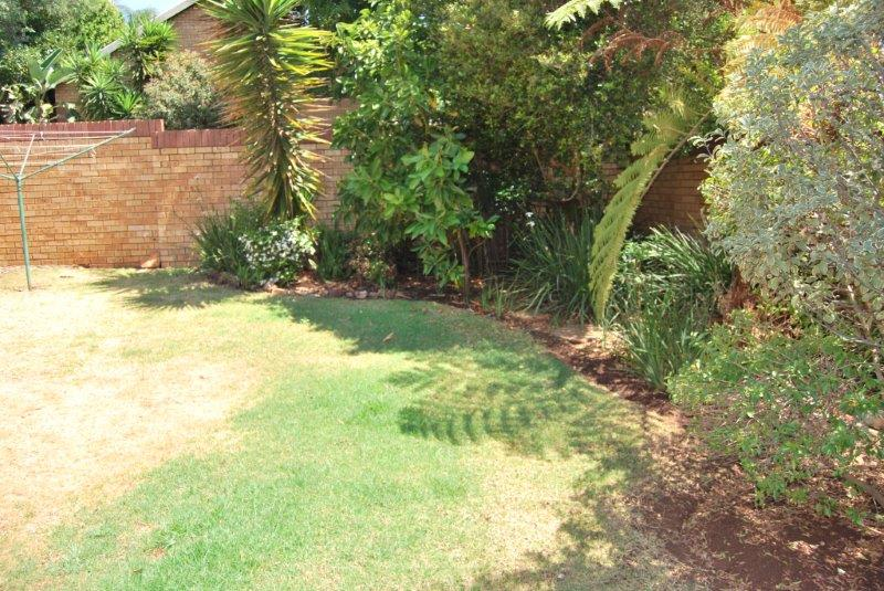2 Bedroom Townhouse sold in Clubview ENT0077782 : photo#3