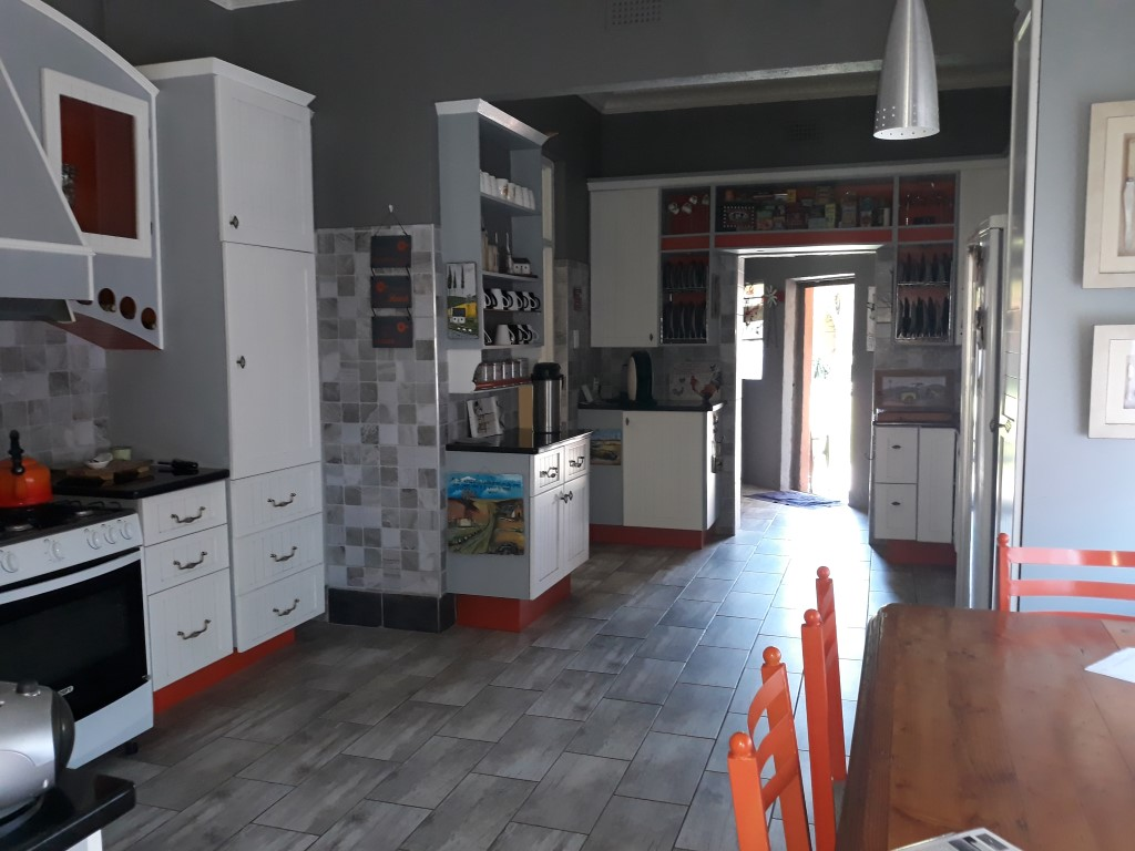 4 Bedroom House for sale in Florentia ENT0085926 : photo#4
