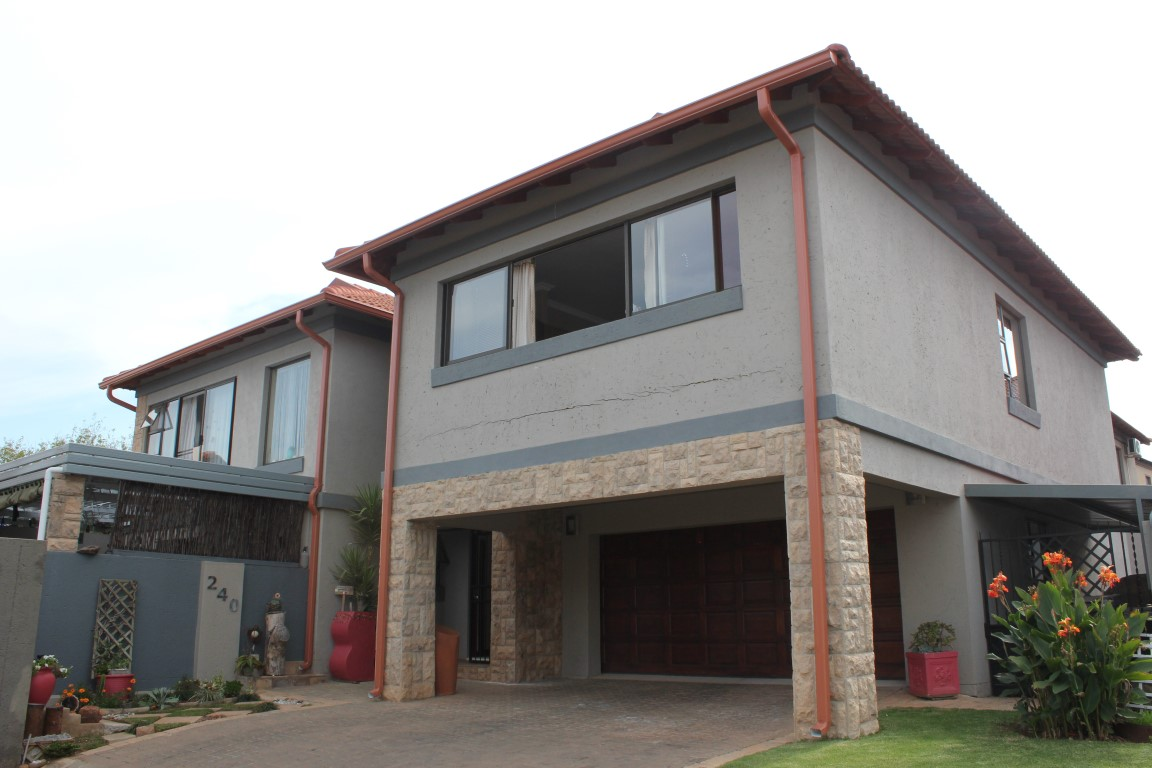 1 BedroomHouse For Sale In Ifafi