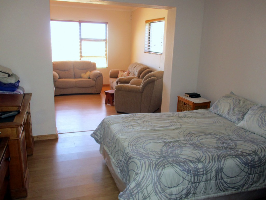 3 Bedroom House for sale in Pringle Bay ENT0080729 : photo#4