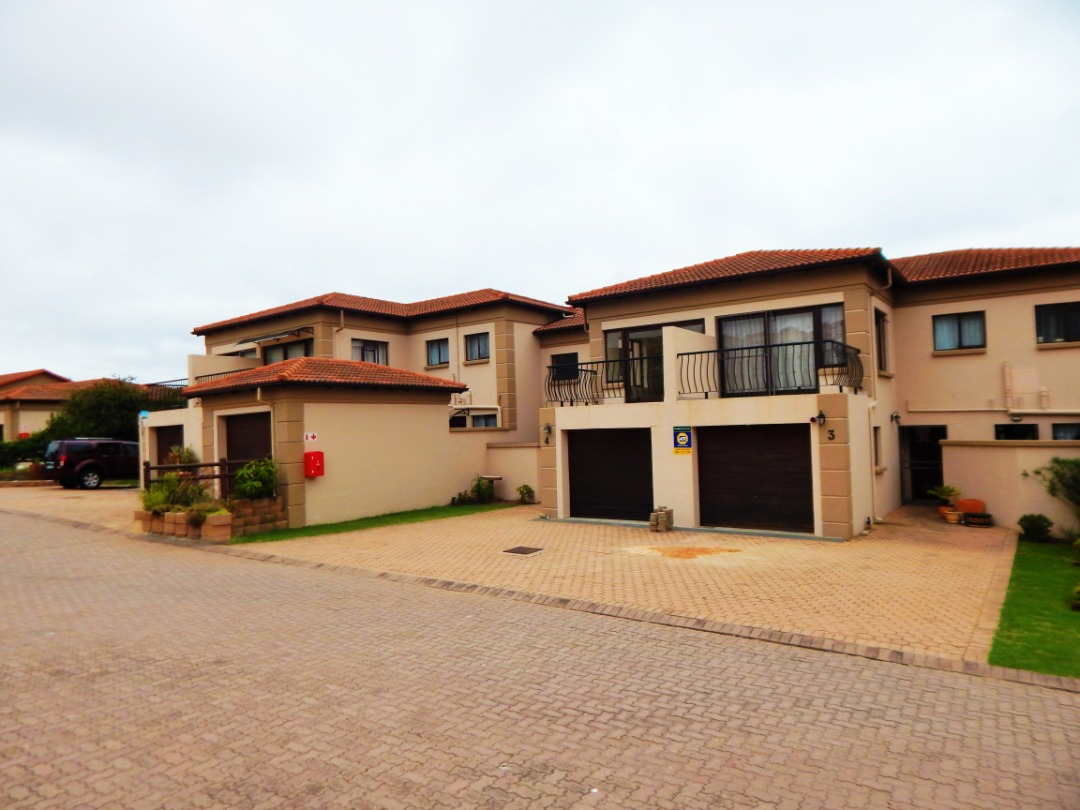 3 Bedroom Town house is now for sale in Island View, Mossel Bay.