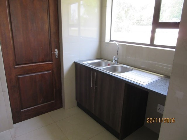 4 Bedroom House for sale in Montana Park & Ext ENT0056798 : photo#11