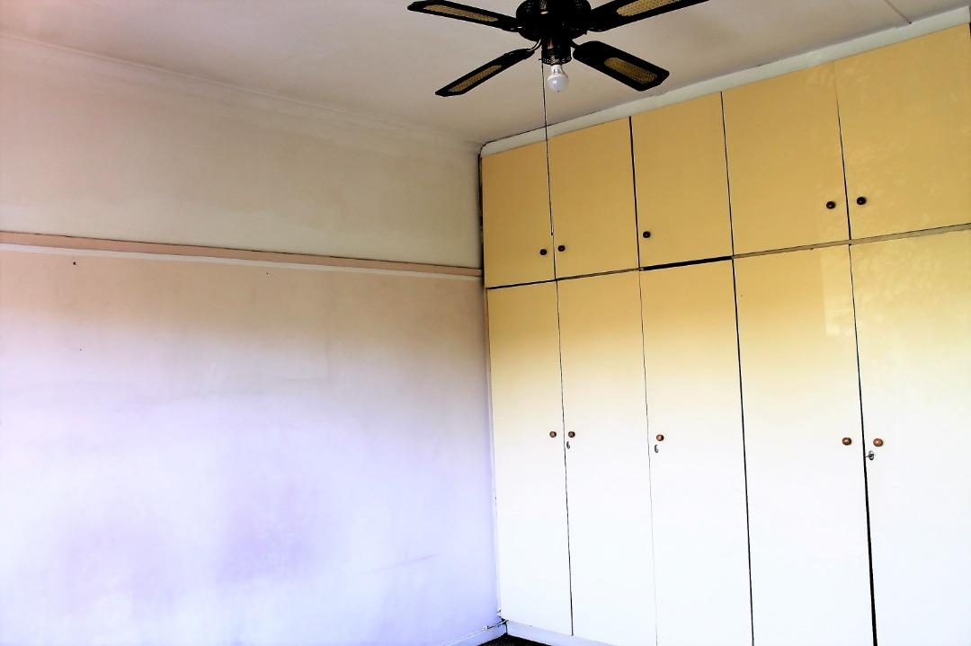 Main bedroom 1.jpeg