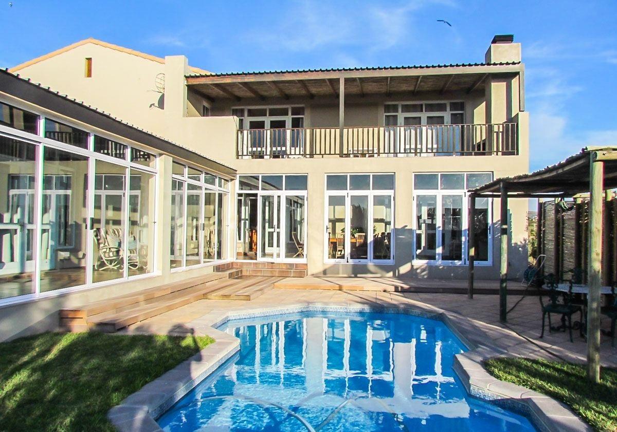 5 BedroomHouse For Sale In Langebaan Country Estate