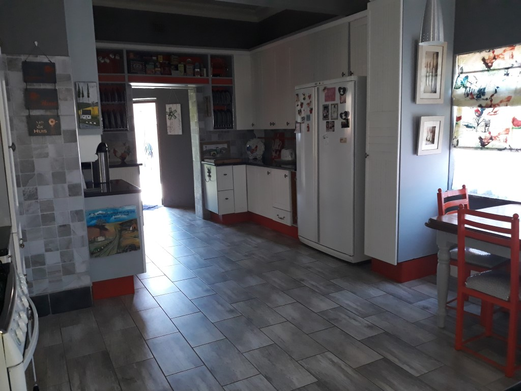 4 Bedroom House for sale in Florentia ENT0085926 : photo#5