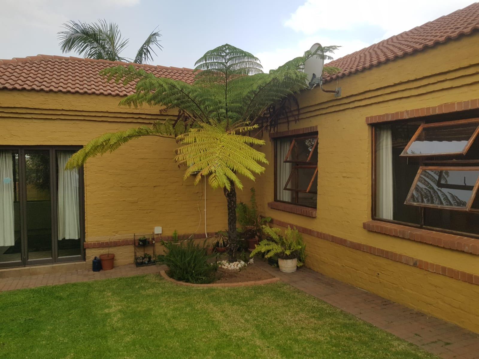 4 Bed House in Midlands Estate