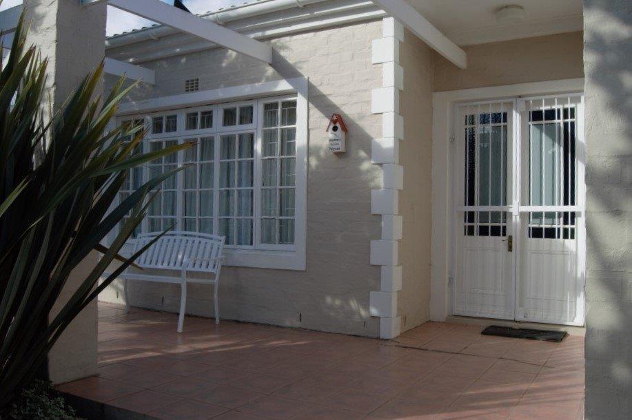 New sole mandate - charming house in cul de sac