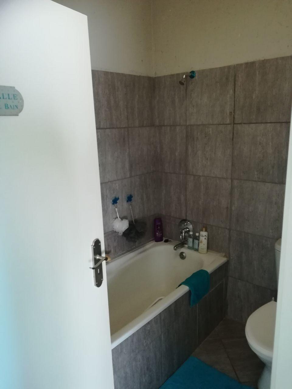 2 Bedroom Apartment for sale in Van Der Hoff Park ENT0066881 : photo#8
