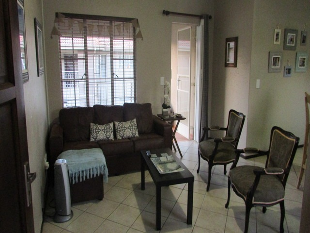 Great unit for young couple or investor.