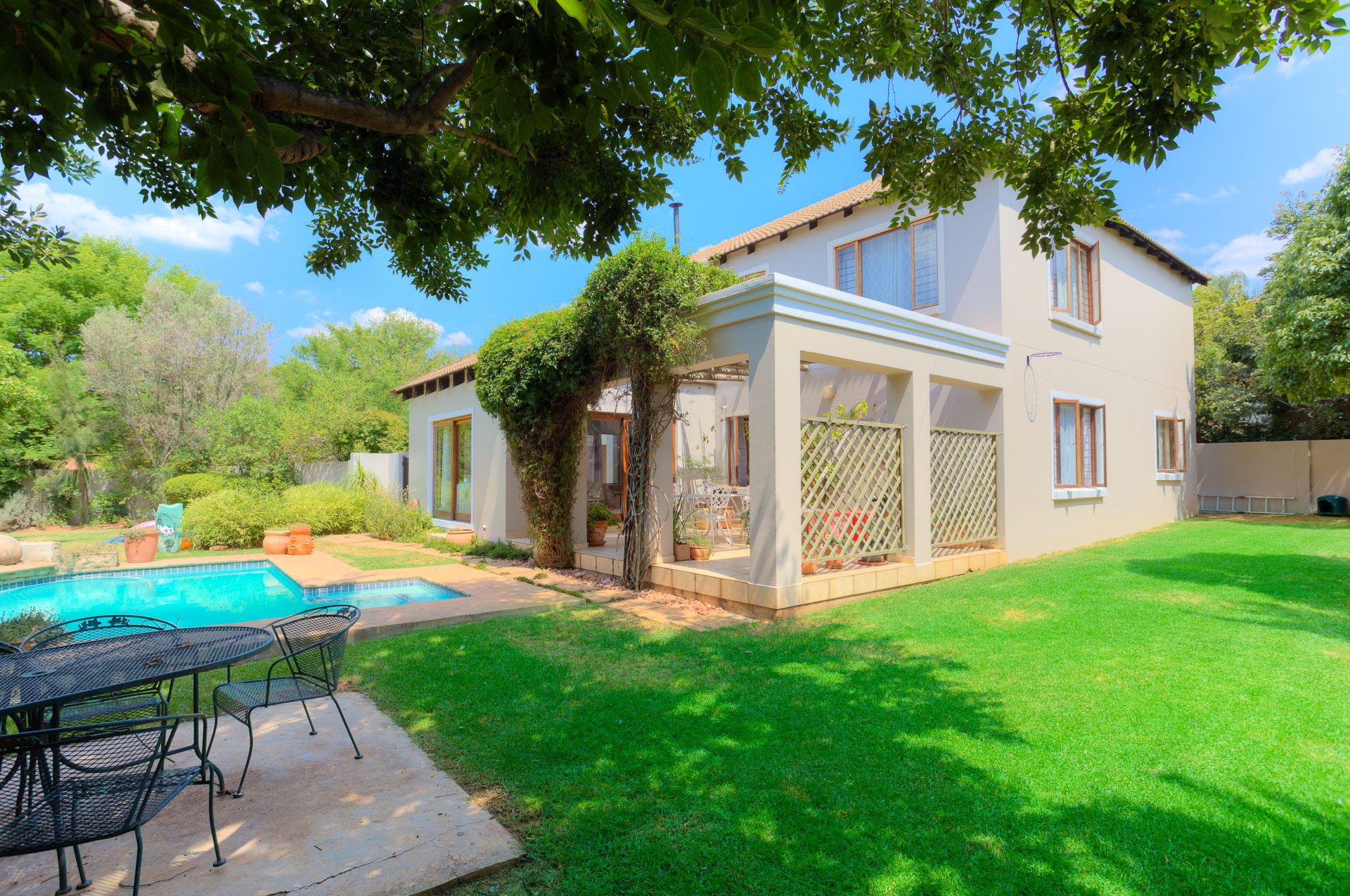3 BedroomHouse For Sale In Tres Jolie