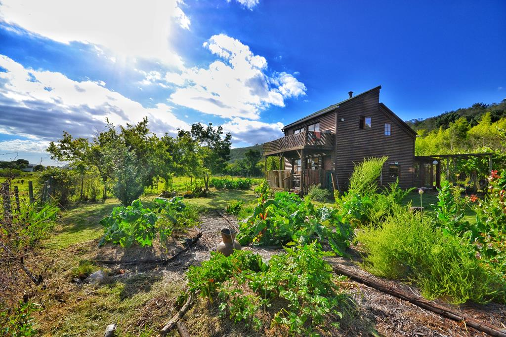 Rondevlei Smallholding for sale in the Wilderness Area