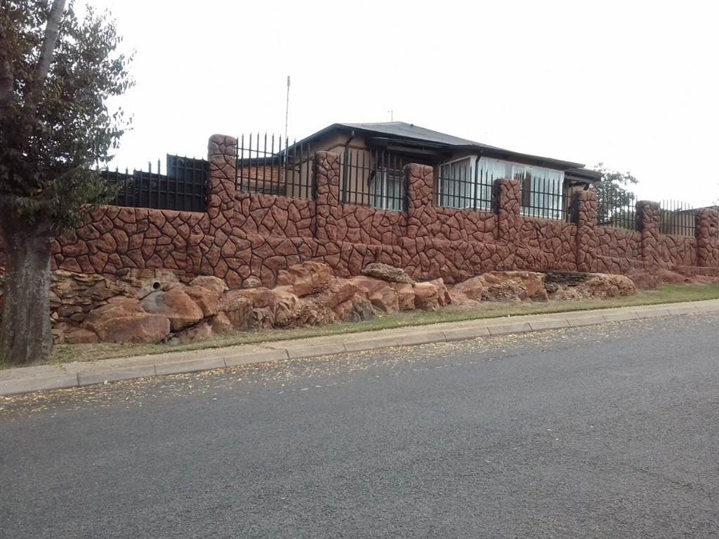 3 Bedroom House for sale in Alberton North ENT0092193 : photo#0