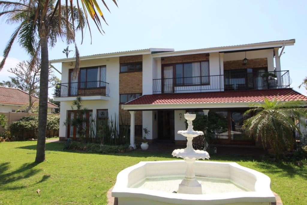 5 BedroomHouse For Sale In Athlone Park