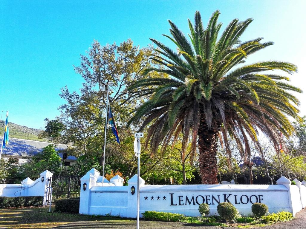 Lemoenkloof Guest House and Conference Centre
