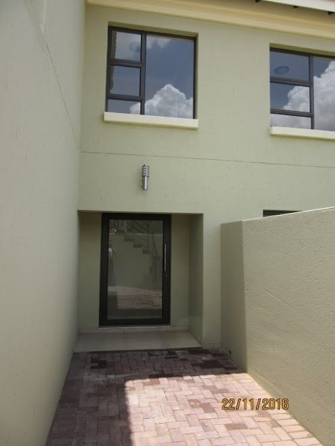 4 Bedroom House for sale in Montana Park & Ext ENT0056798 : photo#2