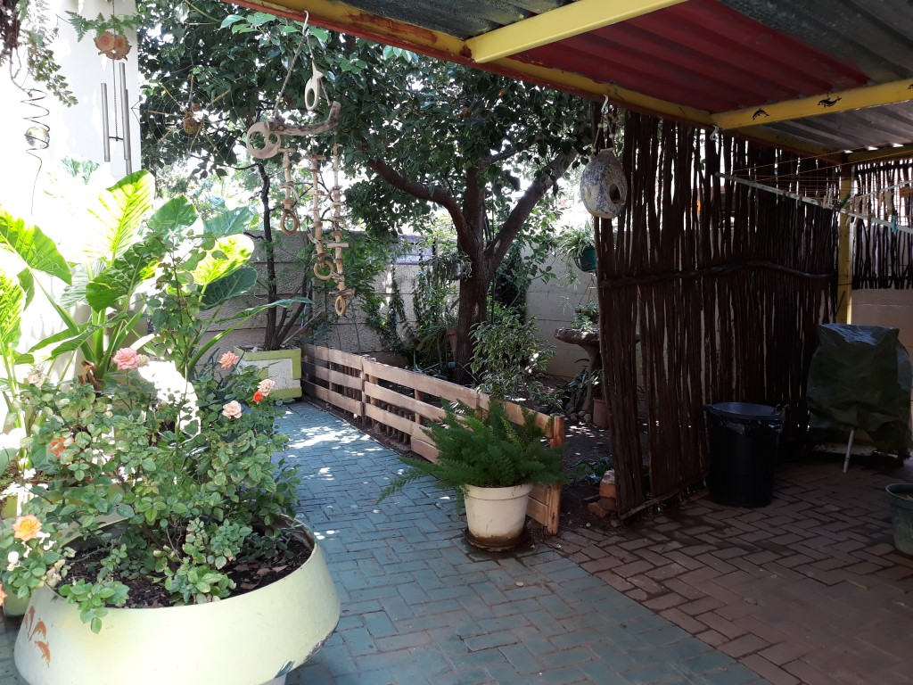 3 Bedroom House for sale in South Crest ENT0083774 : photo#2