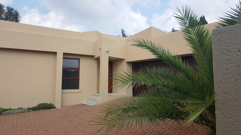 3 BedroomHouse For Sale In Little Falls Ext 2