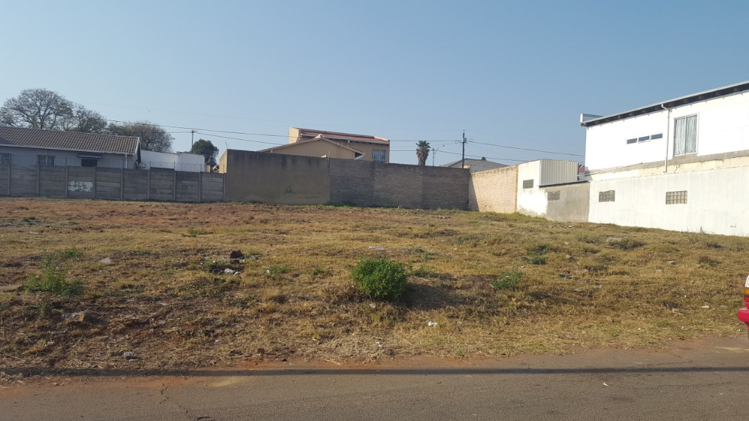 Vacant land for sale in Crosby