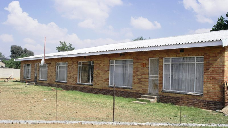 3 BedroomHouse For Sale In Villiers