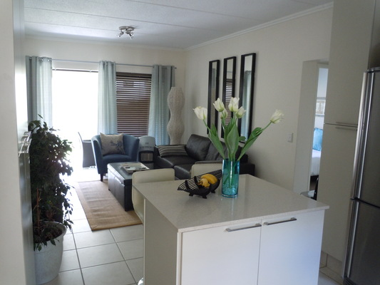 Beautifully Furnished 1 Bedroom 1 Bathroom Apartment in Pineslopes