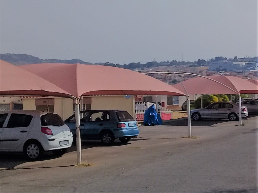 1 Bedroom Townhouse for sale in Ridgeway & Ext ENT0066698 : photo#4