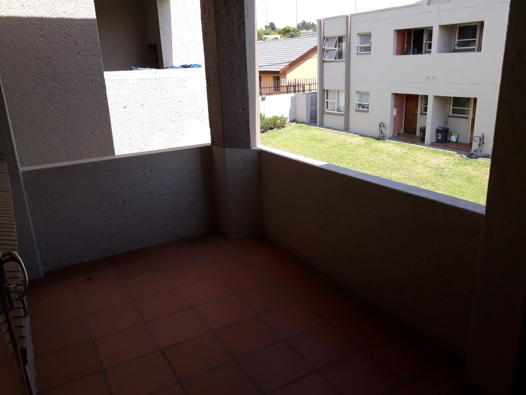 2 Bedroom Townhouse for sale in Glenanda ENT0079386 : photo#4
