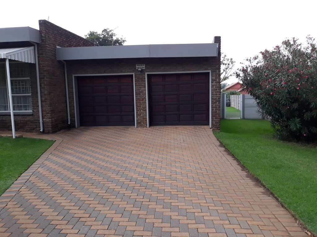3 Bedroom House for sale in Verwoerdpark ENT0084761 : photo#10