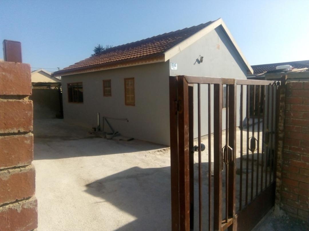 2 BedroomHouse Pending Sale In Winnie Mandela