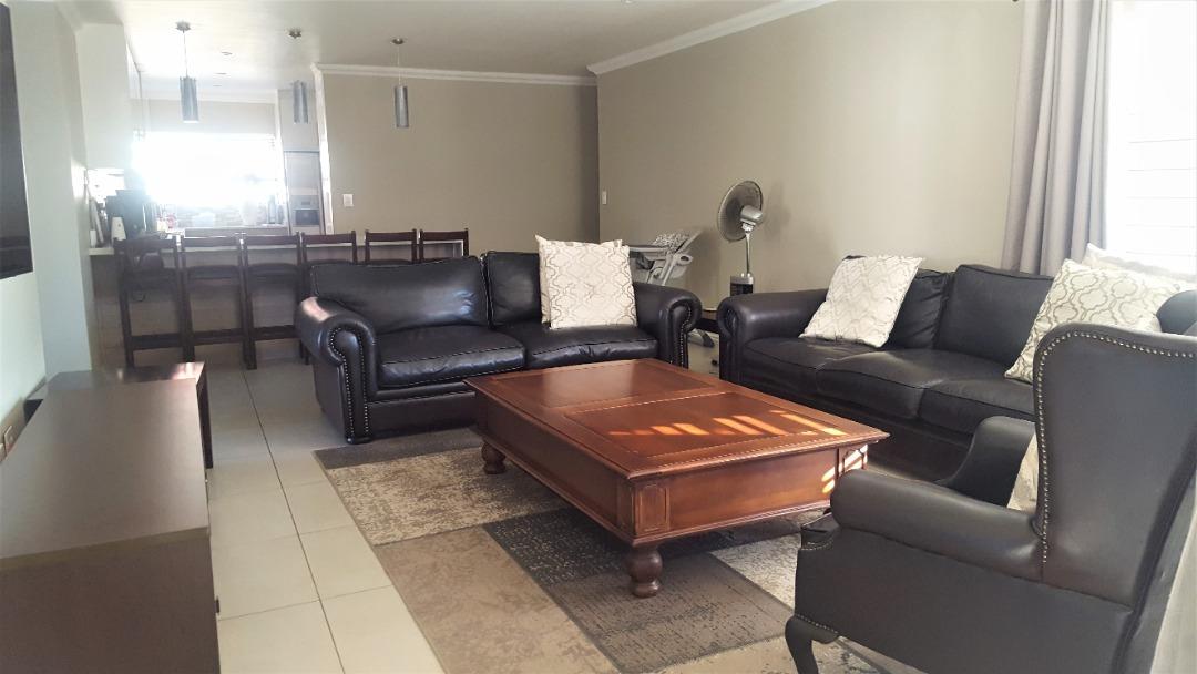 lounge to kitchen.jpeg