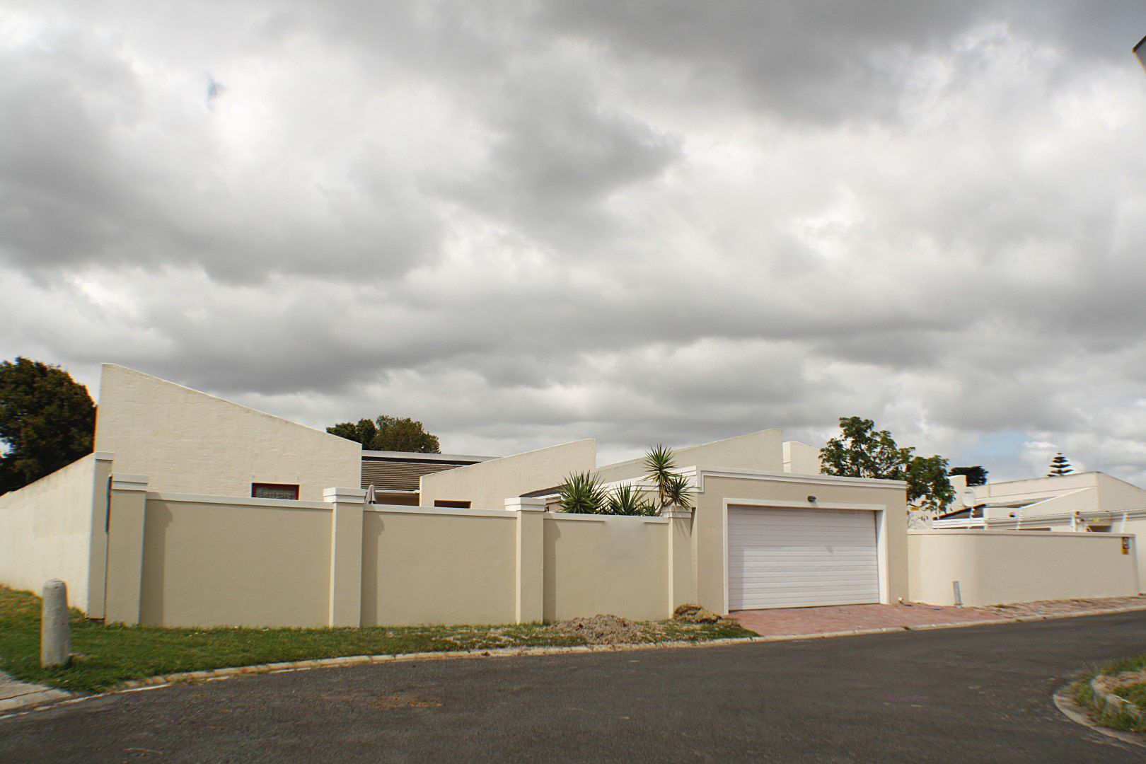 4 Bedroom House for sale in Edgemead ENT0067558 : photo#16